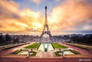 Париж -61738045
